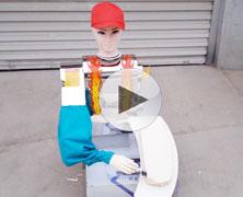 新型小红帽刀削面机器人削面效果视频